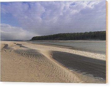 Findhorn Bay Wood Print by Karl Normington