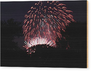 4th Of July Fireworks - 011313 Wood Print by DC Photographer