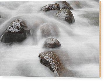 Stream Wood Print by Les Cunliffe
