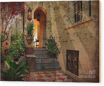 A Charleston Garden Wood Print by Kathy Baccari