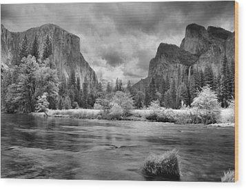 A Storm Draws Near - Black And White Wood Print by Lynn Bauer