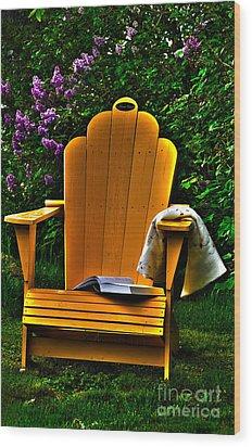 A Well Deserved Rest Wood Print by Randi Grace Nilsberg