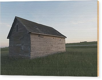 A Wooden Shed In The Middle Of A Grass Wood Print by Keith Levit