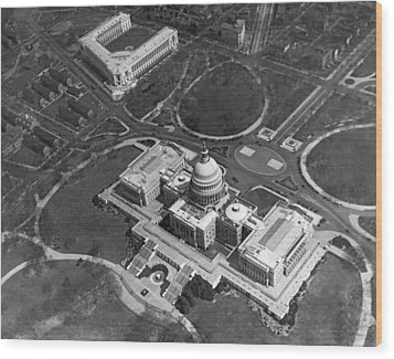 Aerial View Of U.s. Capitol Wood Print by Underwood Archives