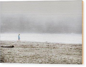 Alone Wood Print by Lisa Knechtel