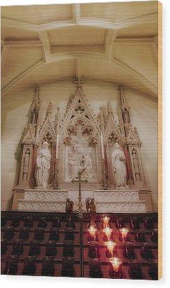 Altar Wood Print by Susan Candelario