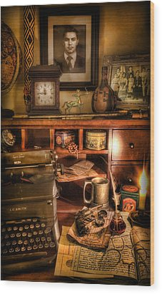 Archaeologist - The Adventurer's Hutch  Wood Print by Lee Dos Santos