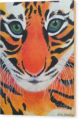 Baby Tiger Wood Print by Lisa Bentley