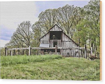 Barn II Wood Print by Chuck Kuhn
