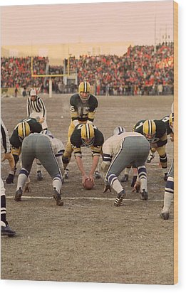 Bart Starr Goal Line Wood Print by Retro Images Archive