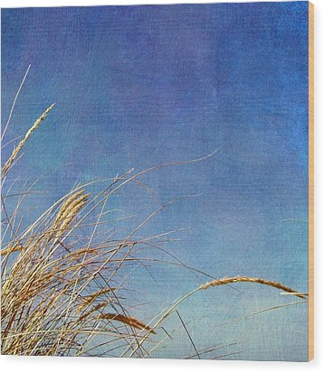 Beach Grass In The Wind Wood Print by Michelle Calkins