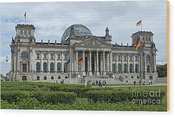 Berlin - Reichstag Front Wood Print by Gregory Dyer