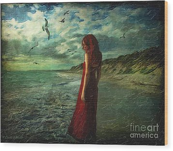 Between Sea And Shore Wood Print by Lianne Schneider