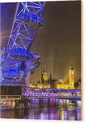 Big Ben And The London Eye Wood Print by Ian Hufton