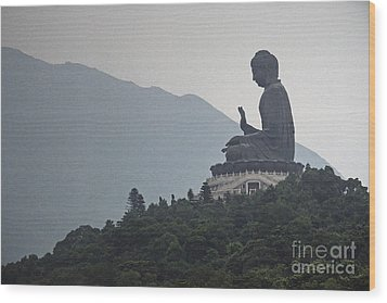 Big Buddha In Hong Kong Wood Print by Lars Ruecker