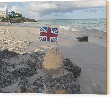 British Sandcastle Wood Print by Richard Reeve