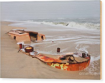 Buried Treasure On The Outer Banks II Wood Print by Dan Carmichael