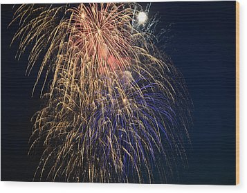 Bursting In Air Wood Print by Ronda Broatch