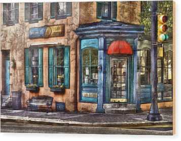 Cafe - Cafe America Wood Print by Mike Savad