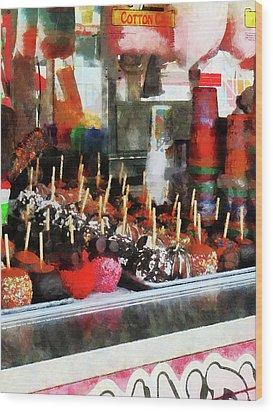Candy Apples Wood Print by Susan Savad