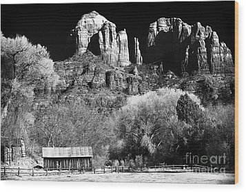 Cathedral Rock Wood Print by John Rizzuto