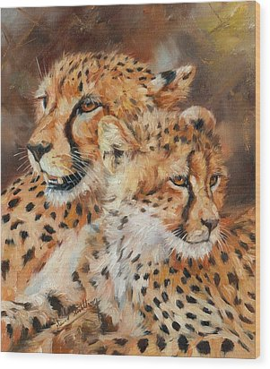 Cheetah And Cub Wood Print by David Stribbling
