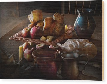 Chef - Food - A Tribute To Rembrandt - Apples And Rolls  Wood Print by Mike Savad
