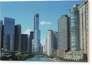Chicago Trump Tower Under Construction Wood Print by Thomas Woolworth