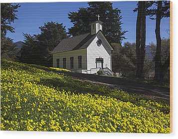 Church In The Clover Wood Print by Garry Gay