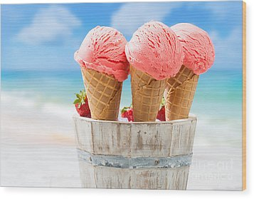 Close Up Strawberry Ice Creams Wood Print by Amanda Elwell