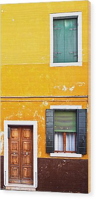 Colorful Entry Wood Print by Susan Schmitz