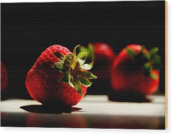 Countertop Strawberries Wood Print by Michael Eingle