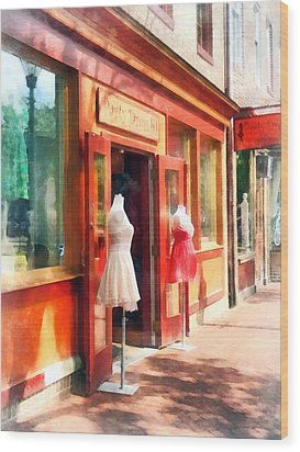 Dress Shop Fells Point Md Wood Print by Susan Savad