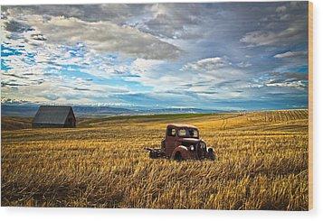 Farm Field Pickup Wood Print by Steve McKinzie