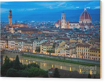 Firenze By Night Wood Print by Inge Johnsson