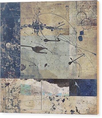 Flight Wood Print by Carol Leigh