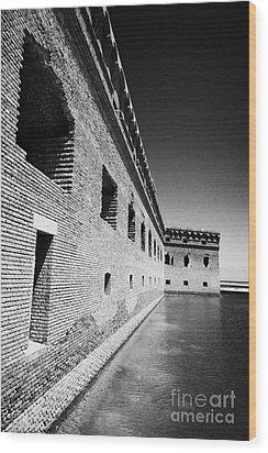 Fort Jefferson Brick Walls With Moat Dry Tortugas National Park Florida Keys Usa Wood Print by Joe Fox