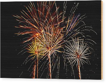 Fourth Of July Fireworks  Wood Print by Saija  Lehtonen