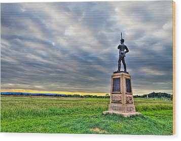 Gettysburg Battlefield Soldier Never Rests Wood Print by Andres Leon