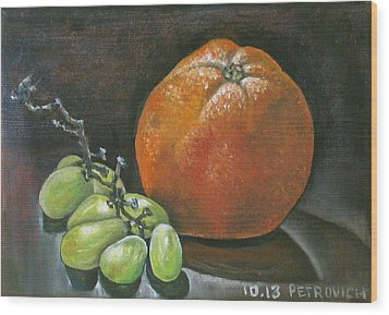 Grapes And Grapefruit Wood Print by Petrovich