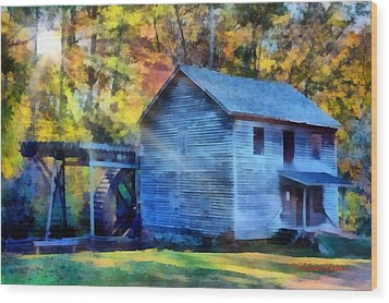 Hagood Mill With Sunrays Wood Print by Lynne Jenkins