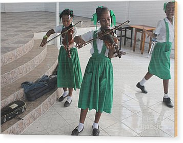 Haitian Girls Play Violins Wood Print by Jim Wright