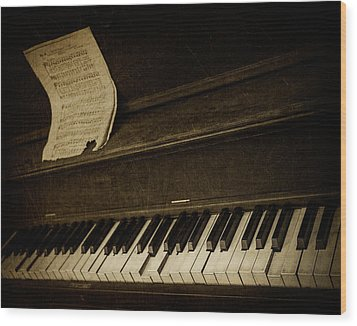 Haunted Melody Wood Print by Amy Weiss