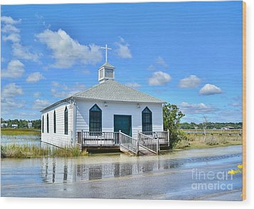 High Tide At Pawleys Island Church Wood Print by Kathy Baccari