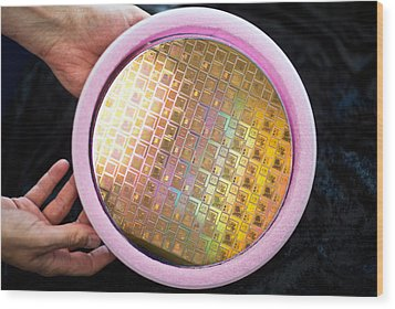 Wood Print featuring the photograph Integrated Circuits On Silicon Wafer by Science Source