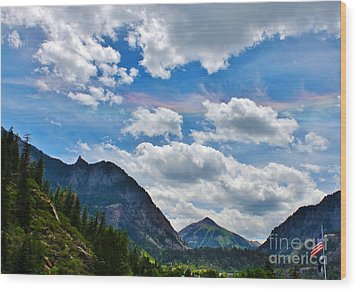 Iridescent Clouds Above Ouray Colorado Wood Print by Janice Rae Pariza