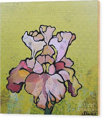 Iris Iv Wood Print by Shadia Derbyshire