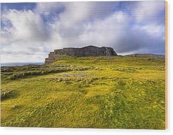 Iron Age Ruins Of Dun Aengus On The Irish Coast Wood Print by Mark E Tisdale