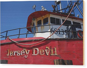 Jersey Devil Clam Boat Wood Print by Joan Reese