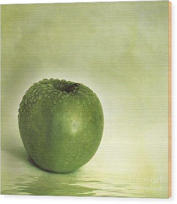 Just Green Wood Print by Priska Wettstein